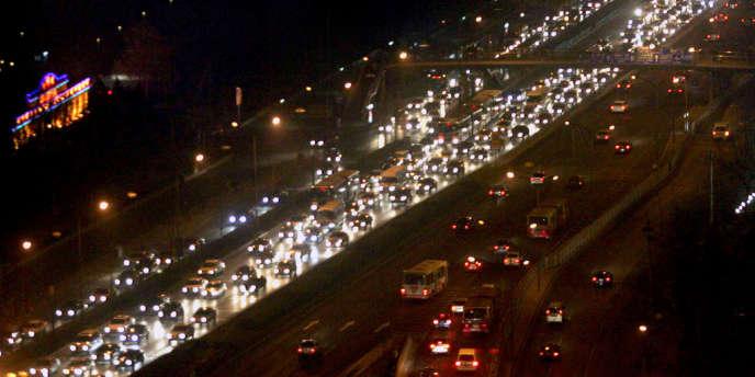 Trafic routier à Pékin, en Chine, en 2006.