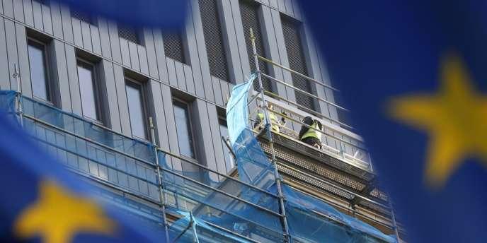 Travaux sur un immeuble bruxellois, le 9 décembre.