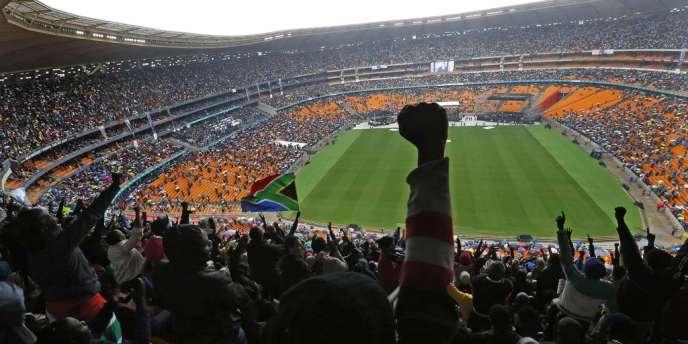 Dans le stade FNB à Soweto, mardi matin, pendant le discours du président des Etats-Unis, Barack Obama.