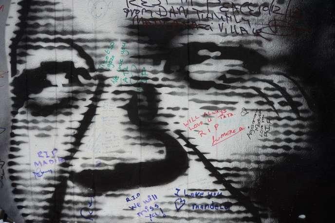 Portrait de Nelson Mandela.