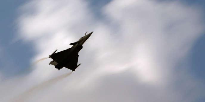 Après l'annonce de l'achat d'avions Rafale par le Qatar qui pourrait être confirmée en juin, un an serait nécessaire pour finaliser le contrat.