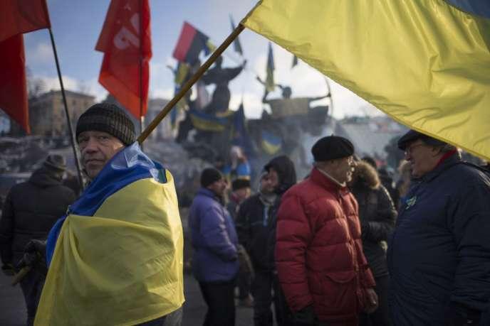 Partisans de l'UE sur la place de l'Indépendance, le 14 décembre 2013.