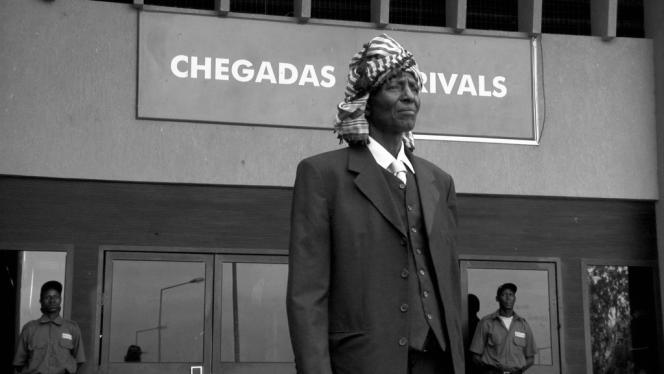 Mutar Djebaté dans le film guinéen et portugais de João Viana,
