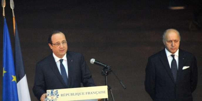 « Il n'est pas prévu que les plus grandes autorités françaises » se rendent à Sotchi, a déclaré Laurent Fabius dimanche.
