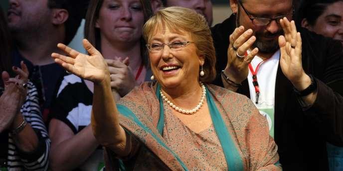 Michelle Bachelet à Saintiago du Chili, dimanche 15 décembre.