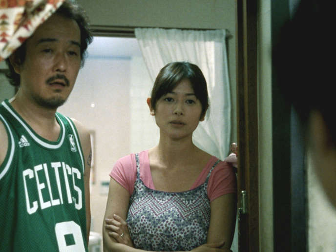 Lily Franky et Yoko Maki dans le film japonais d'Hirokazu Kore-eda,