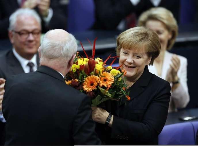 Angela Merkel a été réélue par une écrasante majorité des députés, mardi matin.