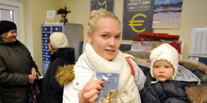 A Riga, préparatifs pour le passage de la Lettonie à l'euro, fixé au 1er janvier 2014.
