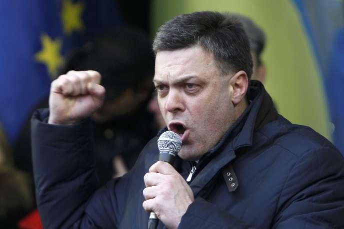 Oleh Tyahnybok, chef du parti Svoboda, à Kiev, le 8 décembre.