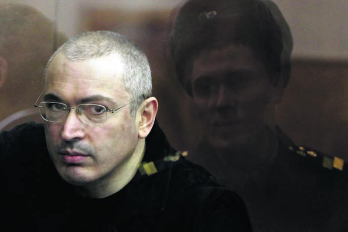 Mikhaïl Khodorkovski, le 5 avril 2010, lors de son second procès à Moscou.