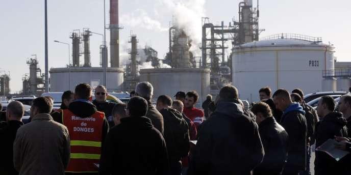 Les salariés de la raffinerie de Donges (Loire-Atlantique) avaient mis fin à leur grève en début de semaine.