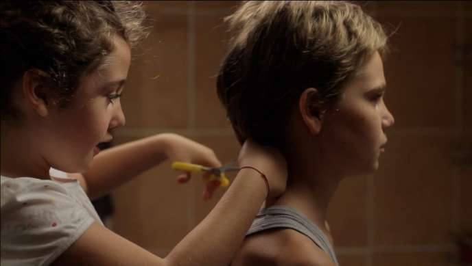 Malonn Lévana (Jeanne) et Zoé Héran (Laure/Mickaël) dans « Tomboy » (2011), de Céline Sciamma.
