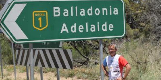 Le Normand a battu le record de la traversée de l'Australie à pied.
