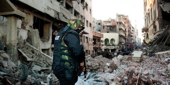 Une voiture piégée a tué 14 personnes à Mansourah, en Égypte, le 24 décembre.