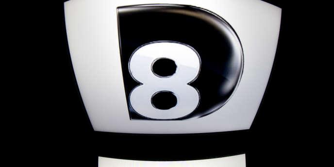 D8 avait été rachetée, ainsi que D17, par Canal+ au groupe Bolloré en2012.