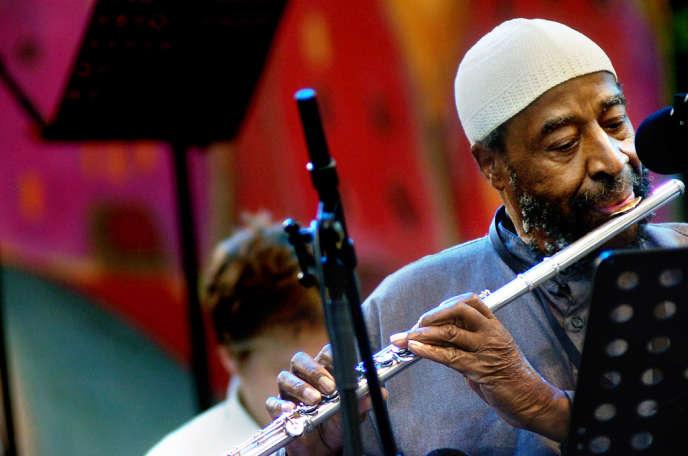 Le compositeur et saxophoniste de jazz Yusef Lateef en concert au Vienne Jazz Festival en juillet 2006.
