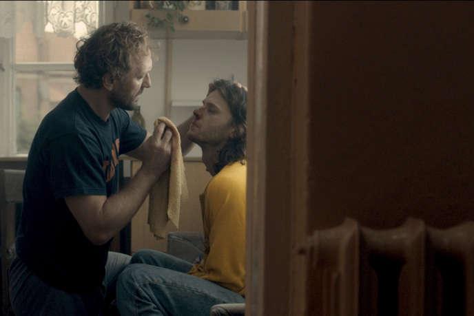Andrzej Chyra et Mateusz Kosciukiewicz dans le film polonais de Malgorzata Szumowska,