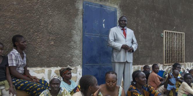 Le Révérend Nicolas Guerekoyame-Gbangou à Bangui, le 25 décembre.