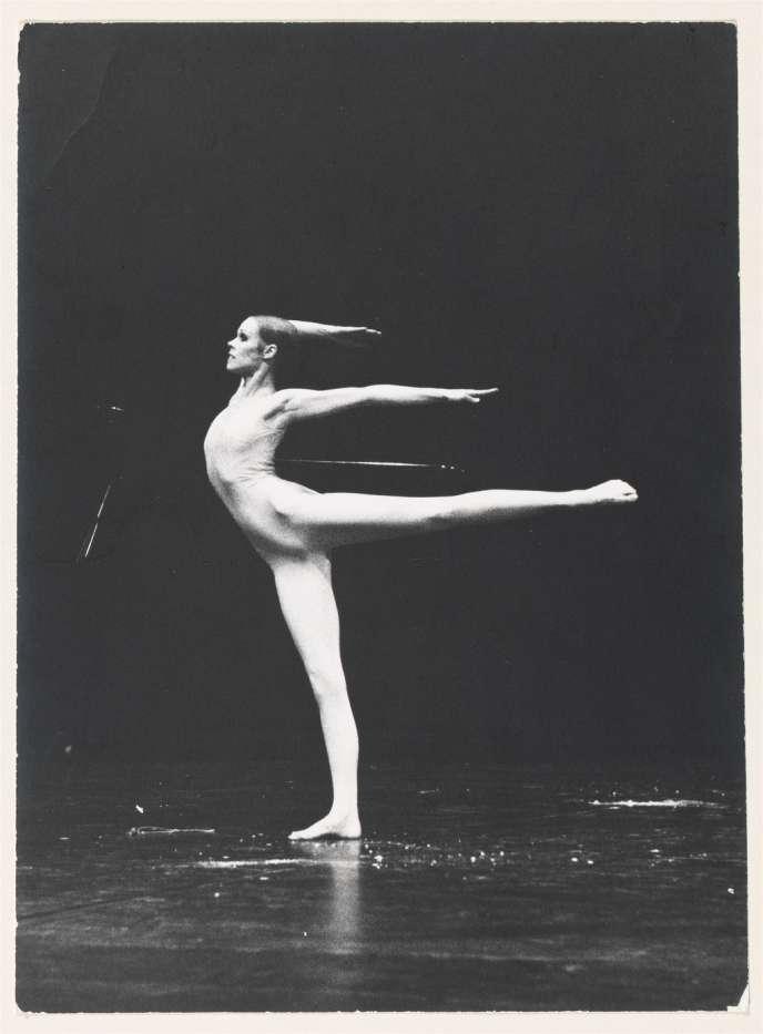 Carolyn Carlson dans