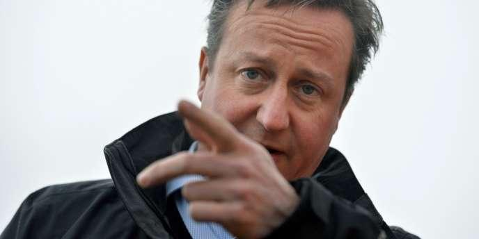 Le premier ministre britannique, David Cameron, le 27 décembre, a promis de réduire l'immigration nette à