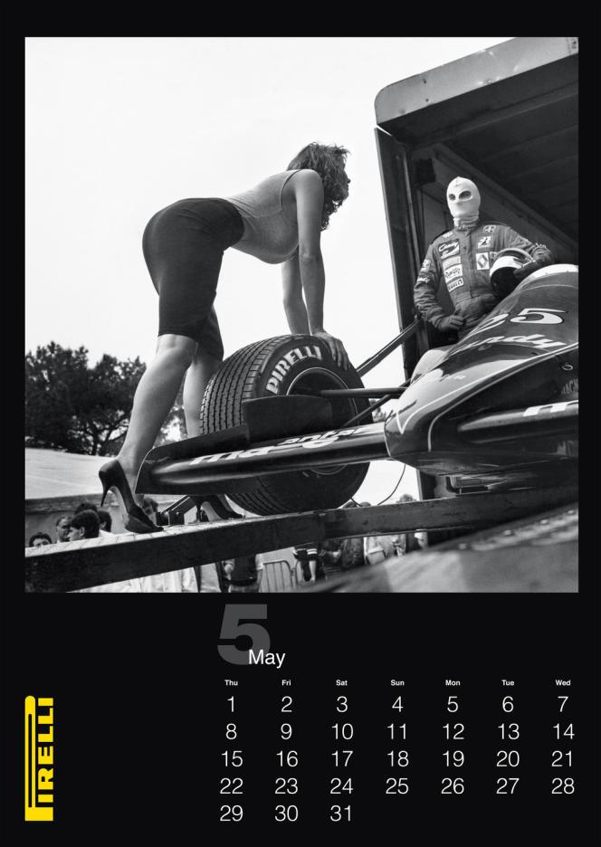 Helmut Newton pour le calendrier Pirelli 2014. Le photographe avait réalisé ces images pour l'édition 1986.
