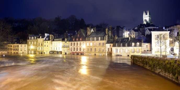 A Quimperlé, dans le Finistère, le niveau de la Laïta a atteint 4,7 mètres.