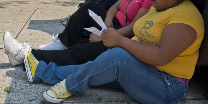 Dans les rues de Mexico, le 20 mai 2013. Le pays compte 32,8 % d'adultes obèses, soit une proportion supérieure à celle que connaissent les Etats-Unis.