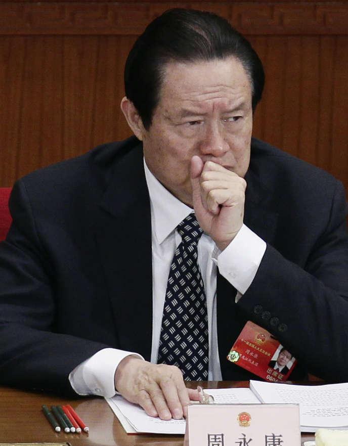 L'ex-membre du Comité permanent du bureau politique du Parti communiste chinois Zhou Yongkang, à Pékin, en 2012.