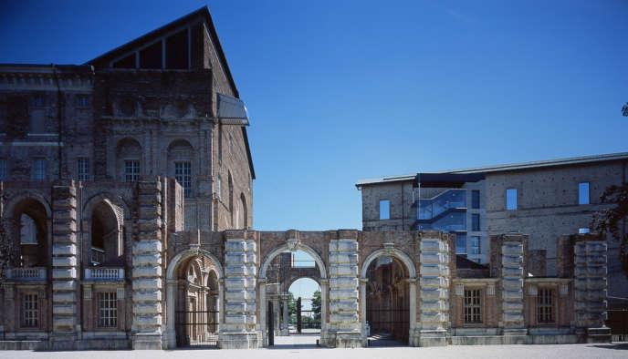 Le Castello di Rivoli, fait partie du riche réseau de musées de Turin.