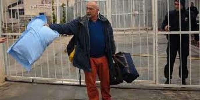 Depuis jeudi 2 janvier, Sevan Nisanyan dort à la prison de Torbali, près d'Izmir.