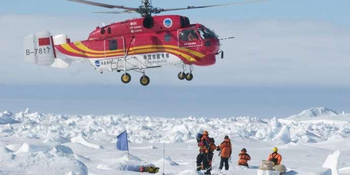 L'hélicoptère chinois du navire