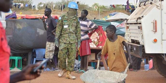 Malgré la reprise des pourparlers de paix la situation ne s'améliore pas sur le terrain, au Soudan du Sud. Le conflit aurait déjà fait des milliers de morts et 200 000 déplacés.