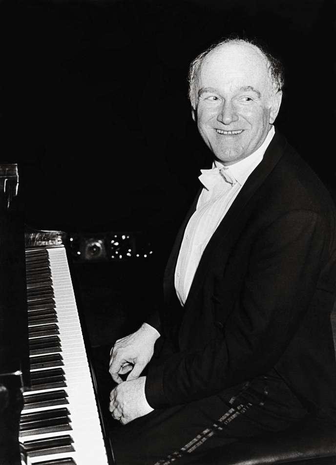 Sviatoslav Teofilovitch Richter (1915-1997), pianiste russe. En 1962.