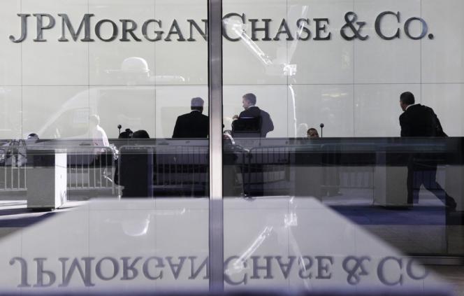 Pour JPMorgan, 2013 aura été marquée par une succession d'amendes qui l'ont obligée à provisionner 20 milliards de dollars.
