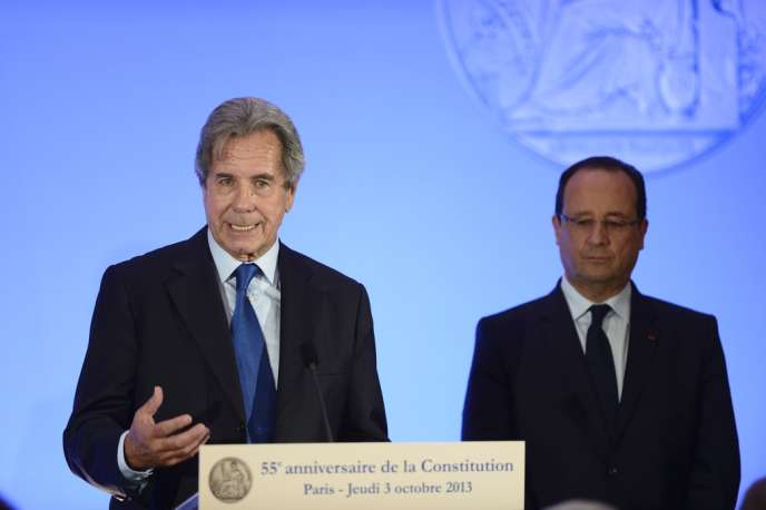 Jean-Louis Debré et François Hollande, le 3 octobre 2013, lors de la célébration du 55e anniversaire de la Constitution.