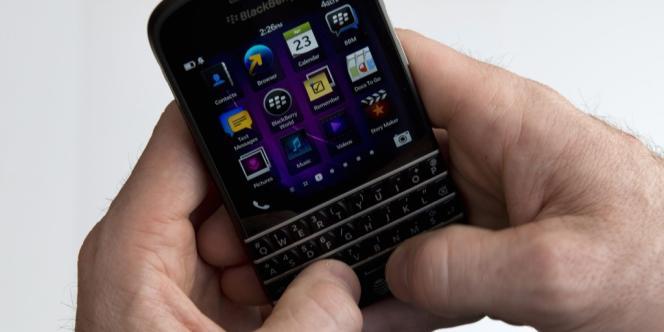 Un BlackBerry Q10.