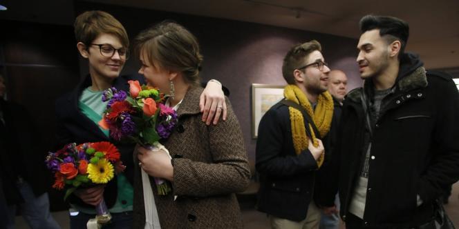 Des couples homosexuels avaient cherché à se marier après que l'interdiction de leur union avait été jugée