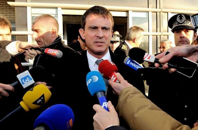 Manuel Valls, le 12 décembre 2013, à Coquelles.