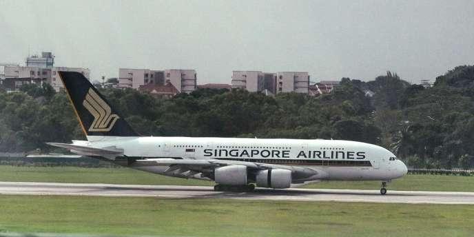 Un Airbus A380 de Singapore Airlines effectuant la liaison entre Londres et Singapour avec 467 passagers et 27 membres d'équipage a dû atterrir d'urgence en Azerbaïdjan à la suite d'une dépressurisation de la cabine.