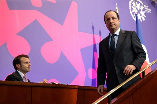 Emmanuel Macron, secrétaire général adjoint de l'Elysée, avec le chef de l'Etat lors de la conférence sociale, le 20 juin 2013.