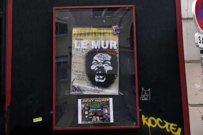 Affiche du spectacle de Dieudonné «Le Mur», au Théâtre de la Main d'Or, à Paris, le 7 janvier.
