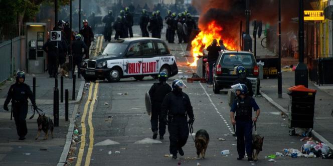 Emeutes dans les rues de Londres, le 8 août 2011, quelques jours après la mort de Mark Duggan.