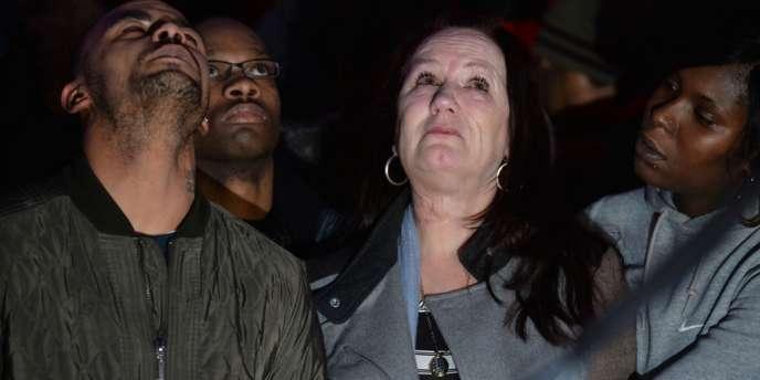 La famille de Mark Duggan a exprimé sa colère après le verdict de la justice anglaise donnant raison aux policiers qui ont tué le jeune homme en août 2011.