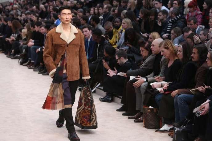 Défilé Burberry Prorsum dans le cadre de la Semaine de la mode masculine de Londres, le 8 janvier.