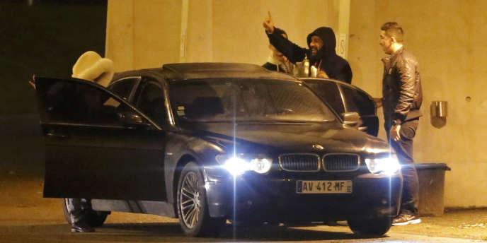 Dieudonné quittant le Zénith de Nantes après l'annulation de son spectacle jeudi 9 janvier.