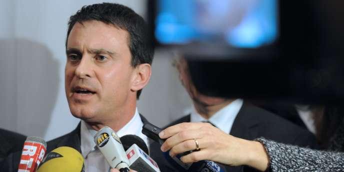 Le ministère de l'intérieur Manuel Valls le jeudi 9 janvier à Brest.