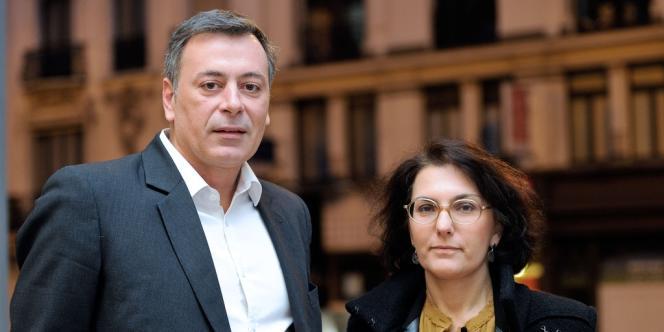 Nathalie Balla et Eric Courteille,le 9 janvier devant le siège de l'entreprise à Roubaix.