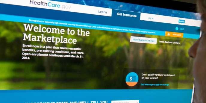 Lors de son lancement, le 1er octobre 2013, le portail a été envahi de messages d'erreur et a offert un débit ralenti pendant plusieurs semaines.