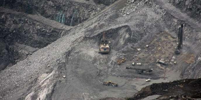 Le complexe Freeport-McMoRan, l'une des plus grosse mine d'or et de cuivre au monde, dans la province indonésienne de Papouasie.
