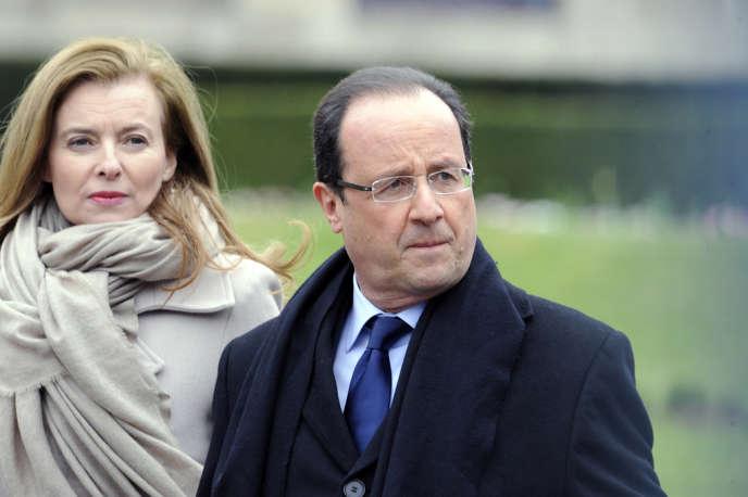 François Hollande et Valérie Trierweiler le 6 avril 2013 à Tulle en Corrèze.